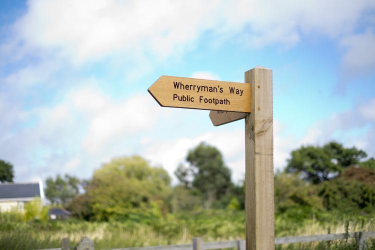 Wherryman's Way Chedgrave © Broads Authority