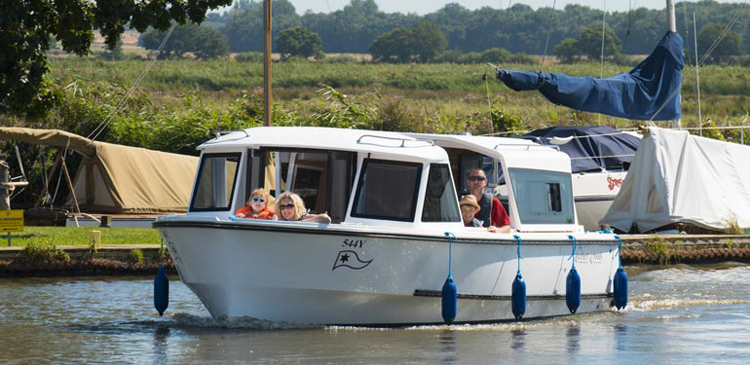 Cruiser on the Broads