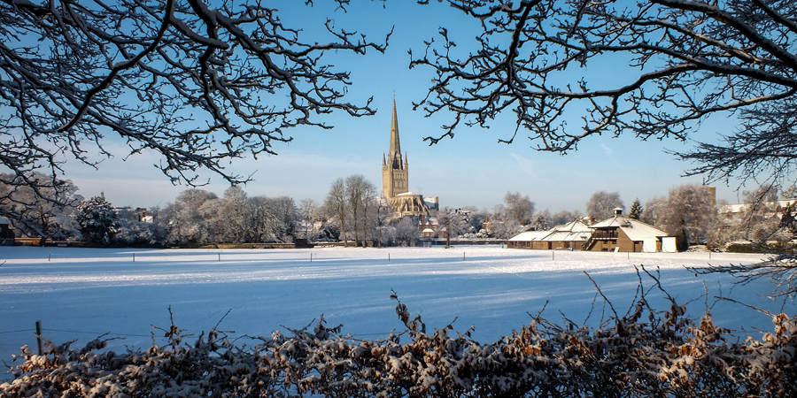Snowy Cathedral © Michael Button (Flickr)
