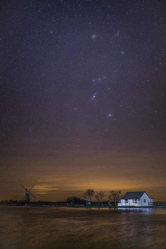 Stargazing in the Broads National Park - Thurne Mill